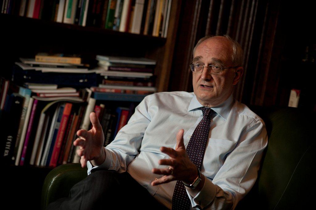 Sir Lezsek Borysiewicz, Vice Chancellor of Cambridge University.